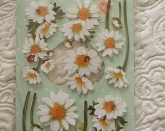 Plate 12 stickers 3D daisies decorated with discreet glitter