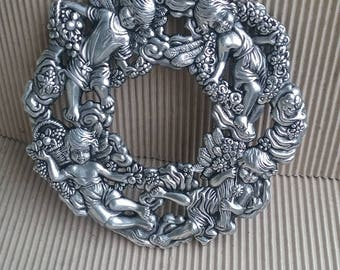 Silver plated Cherubs Plate Flowers RTS