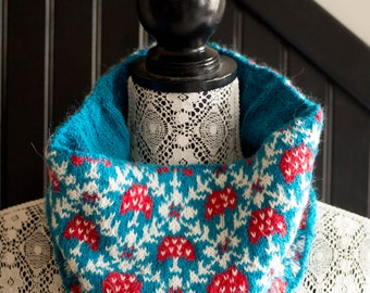 KNITTING PATTERN for the Amanita Cowl