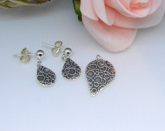Silver Earring and Pendant set, Bubble design, circle texture, dangly earrings, modern, abstract, bubbles, circles, fun jewellery