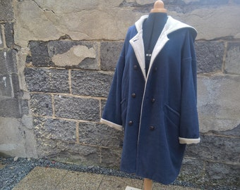 Vintage coat wool blue and beige shades, monochrome, coat, wool, blue, beige, warm coat, coat, vintage cameo