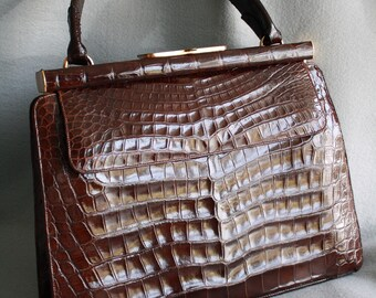 Vintage Lucille de Paris for Saks 5th Ave Genuine Alligator Handbag