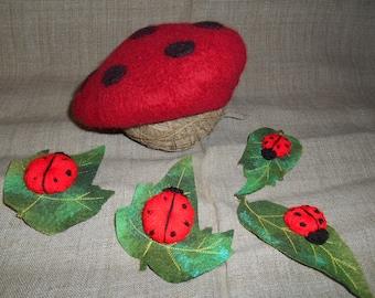 OOAK red black felted beret, red newborn hat, ladybird photo props,wool ladybird toque, crochet ladybirds, green felt leaves