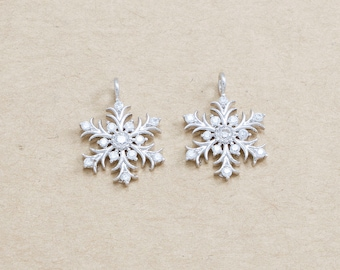 Cubic Snowflake Pendant ,Snow flake Pendant, Jewelry Craft Supplies, Polished Rhodium Plated over Brass - 2 Pieces-[JP0006]-PR