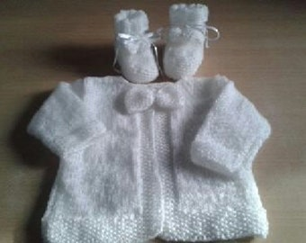 Cardigan and booties - set 0-3 months