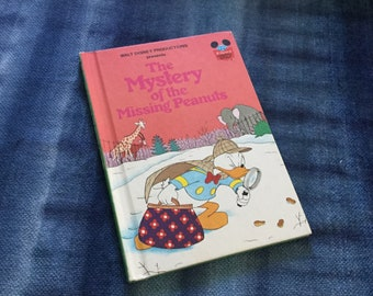 1970's 1975 Vintage Walt Disney Micky Mouse Donald Duck The Mystery of Missing Peanuts Picture Book Illustrated Children Library Reading 124