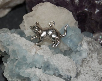 Vintage WWII Era Detailed Classic Sterling Silver Cat Spooked or Prowling Charm Pendant for Bracelet or Necklace #BKC-KCHRM233