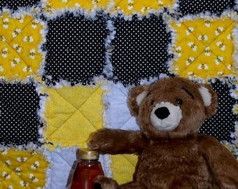 Honey Bees ~ Rag Style Baby Quilt
