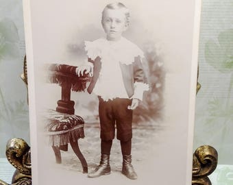 Antique Photograph Little Boy/Victorian photographs/black and white photos/old children photos/old photos/Edwardian photos/antique pictures