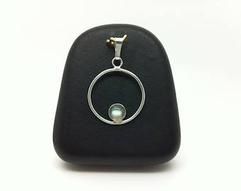 Sterling Silver 925 Circle Pendant and labradorite made entirely by hand