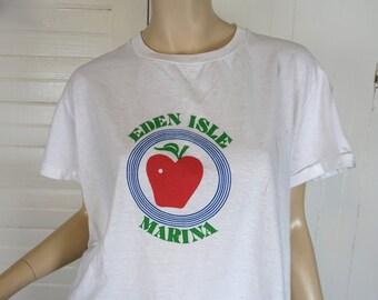 70s / 80s Apple T-shirt- Eden Isle Marina- Vintage White & Red- 1970s White Novelty Tee- Nautical Disco Summer Camp Screen Print