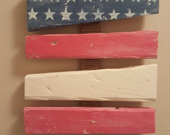 Rustic American Flag Pallet Wall Hanging