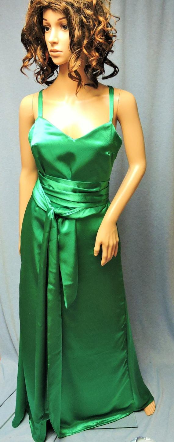 Abstand Sühne Keira ritterliche grün satin-Kleid mit Schleppe