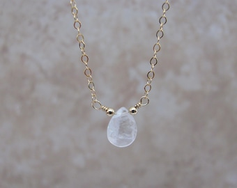 Delicate Moonstone Necklace, Rainbow Moonstone, Layering Necklace, Moonstone Choker, Natural Moonstone Gemstone, Silver, Gold, Rose Gold