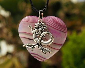 Pink agate heart with mermaid Tibetan silver - Talisman - Pink Agate Heart With Siren In Tibetan Silver