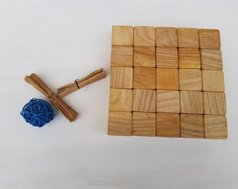 Cubes in chestnut wood cm 3.8