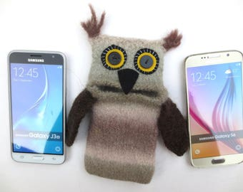 "Smartphone tawny Owl ""Waldemar"", felted, cellphone case, case, Samsung Galaxy S 6, J 3, S6 Edge..., S8, mobile phone monster, felt, wool,"
