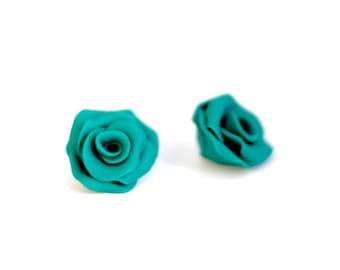 Emerald green roses beads, Flower beads, Floral beads, handmade beads - polymer clay - 2 pcs