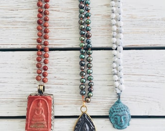Black Pearl knotted Bead Necklace with Buddha