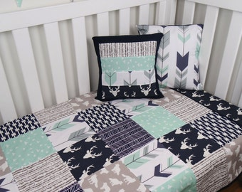 Patchwork cot quilt in Navy Blue and Mint Arrows // Nursery Set // Woodland Nursery