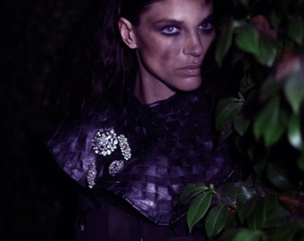 The Countess collar - interwoven leather collar and chest plate.
