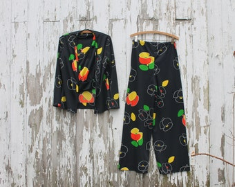 1970s 3 piece set, bellbottoms, tank, jacket, black with yellow, orange, green, white abstract pattern, small, disco, polyester, v neck