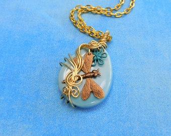 Flower Jewelry for Wife Dragonfly Pendant Necklace for Her Girlfriend Mom Romantic Anniversary Girlfriend Present Unique Artistic Memorial