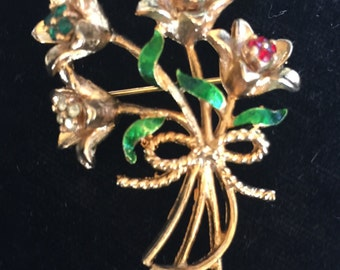Vintage Corel Bouquet Pin