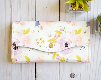 Floral wallet. Womens travel purse. Vegan accordion wallet. Large wallet Clutch wallet Passport wallet Travel gift for her Mothers day gift