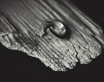 Minimal Organic Silver Ring SERIFOS 01