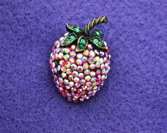 Weiss Vintage Strawberry brooch/ Aurora Borealis/ Sparkly rhinestones/ Fruit Brooch