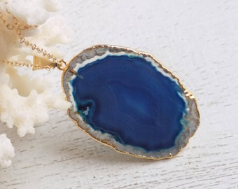Agate Necklace, Blue Agate Necklace, Sliced Agate Necklace, Boho Necklace, Gemstone Necklace, Large Stone Pendant Gold, Gift For Her, 10-665
