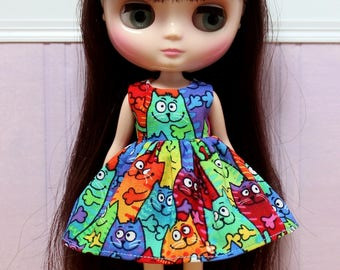 BLYTHE Middie doll Its my party dress - happy rainbow cats