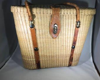 Vintage purse, vintage woven straw purse, vintage basket purse, vintage buckle purse, vintage 50s 60s purse
