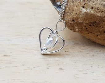 Fresh water pearl heart pendant necklace. June Birthstone. Wedding Bali silver necklaces for women. 30th anniversary gemstone.