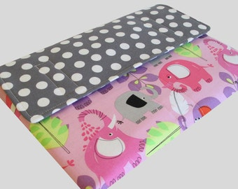 MacBook Air Sleeve, MacBook Air Case, MacBook Air 11 Inch Sleeve, MacBook Air 11 Case, MacBook Air Cover Polka Dot Elephants