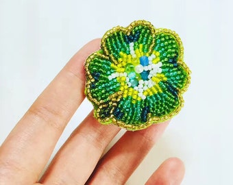 handmade Clover beads brooch,pin,pitch, craft