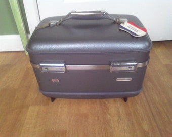 Train Case Blue , American Tourister  Mirror and key Vintage suitcase luggage