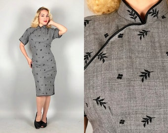 Vintage 1950s Dress | 50s Grey Gray Wool Traditional Chinese Cheongsam QiPoa with Black Piping and Leaf & Flower Embroidery | Medium Large