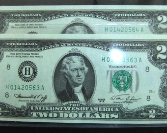 Two Dollar 1976 Federal Reserve Notes Crisp Pair of 1976  Crisp, Uncirculated, Sequential Serial Number