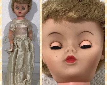 "Vintage 1950s Rubber Face Sleepy Eyes Bride Bridal Doll Needs TLC 16"""