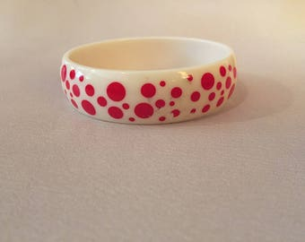 1980S // POLKA DOTS // Plastic Red and White Bracelet
