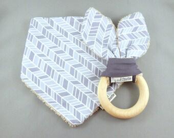 Gift Set - Bandana Dribble Bib and Teething Ring - Grey Arrow Geometric