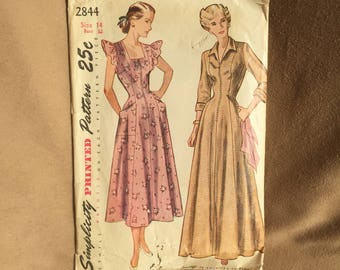 Vintage 40's Sewing Pattern, 40's Dress Pattern, Day Dress, Dressing Gown, Housedress, Simplicity 2844, Vintage Size 14, Bust 32, XS SMALL