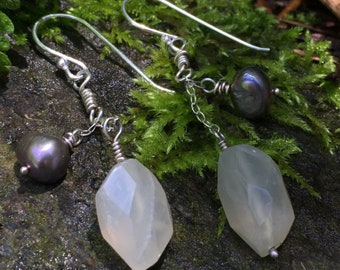 Faceted moonstone and pearl dangle earrings