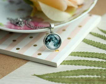 Full Moon Necklace - Silver Moon Necklace - Moon Necklace - moon jewelry - statement necklace - Phases of the Moon jewelry Science Necklace