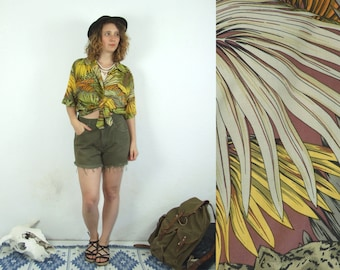 80's vintage women's green leopard-palm patterned bohemian shirt top