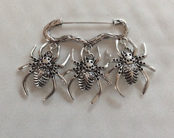 Three spotty spider insect bug charm silver tone brooch / pin