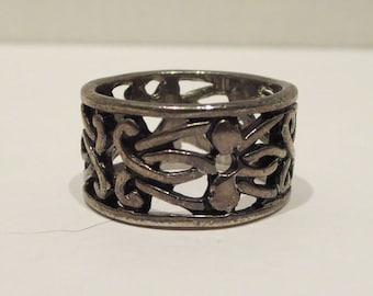 Scroll Ring / Band