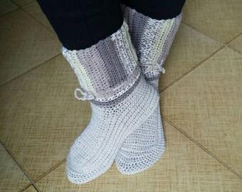 Scarpe da notte uncinetto, calze da notte, crochet, christmas, natale, lana, acrilico, socks, color, beige, white, sand, cold, wool, iceyarn